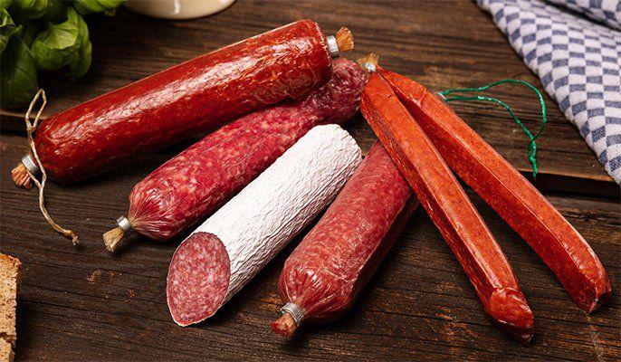 Vorbei! 8 Stangen Salami + 4 Landjäger für 14,89€ (statt 25€)