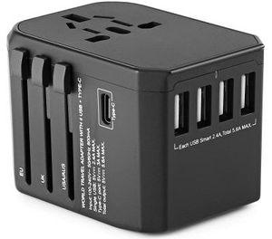 Gocomma Reiseadapter mit USB C Port & 4 USB Ports für 12,60€