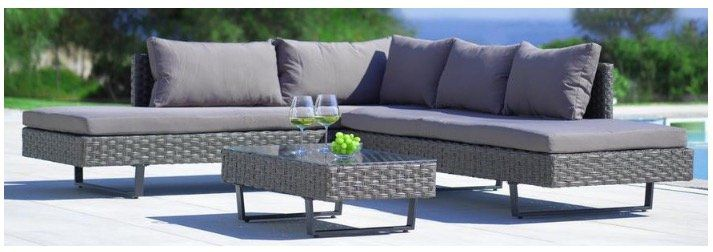 Loungegarnitur Martha inkl. Tisch, Auflagen & Kissen für 259,35€ (statt 399€)