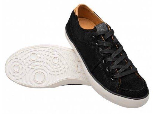 Umbro AF Milton Low Suede Vulc Leder Schuhe für 10,61€(statt 16€)   B Ware!