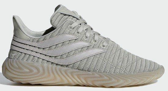 adidas Sobakov Sneaker in Braun für 59,97€ (statt 70€)