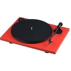PRO JECT Primary E Plattenspieler in rot, weiß und schwarz für 129€ (statt 159€)
