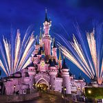 Bonfire Event im Disneyland Paris inkl. 2 Tages Tickets & 2 ÜN mit Shuttle ab 155€ p.P.