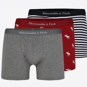 Dreierpack Abercrombie & Fitch Unterhosen für 25,42€ (vorher 45€)
