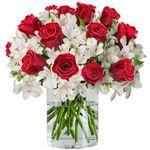 15 rote Rosen und 15 Inkalilien mit bis zu 150 Blüten für 24,98€