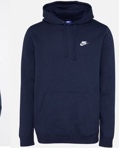 Nike Sweatshirt Po FLC Club in Dunkelblau für 29,67€ (statt 40€)