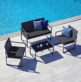 Gartengarnitur Moni inkl. Sitzbank, 2 Stühlen und Tisch mit Glasplatte für 209,30€ (vorher 299€)