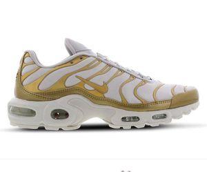 Nike Air Max Plus Metallic Damen Sneaker in 3 Farben für je 99,99€ (statt 161€)