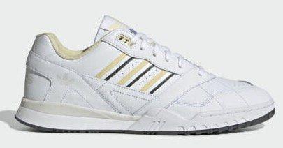 adidas Originals A.R. Trainer Schuh in Weiß für 49,97€ (statt 60€)