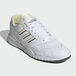 adidas Originals A.R. Trainer-Schuh in Weiß für 49,97€ (statt 60€)