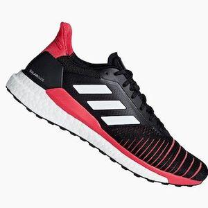 Adidas Laufschuh Solar Glide M schwarz/rot für 69,95€ (statt 88€)