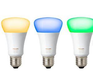 PHILIPS Hue White & Color Ambiance StarterSet + 3 LED E 27 für 111€ + 2 Dimmer für 139 (statt 159€)