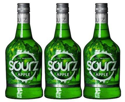 Ausverkauft! 3 Flaschen Sourz Apple Likör (je 0,7 L, 15%) ab 13,90€ (statt 24€)