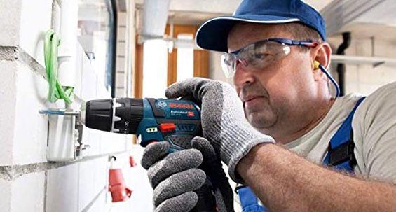 Bosch Akku Schlagbohrschrauber GSB 12V 15 inkl. 2x 2,0Ah Akkus + Ladegerät + Zubehör für 96,99€ (statt 126€)
