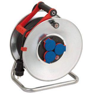 Brennenstuhl Garant S   50m Stahlblech Kabeltrommel mit Bremaxx Kabel für Außenbereich für 53,10€ (statt 63€)