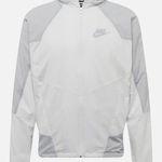 Nike M NSW RE-Issue Herrenjacke in Weiß/Grau für 59,93€ (statt 96€)