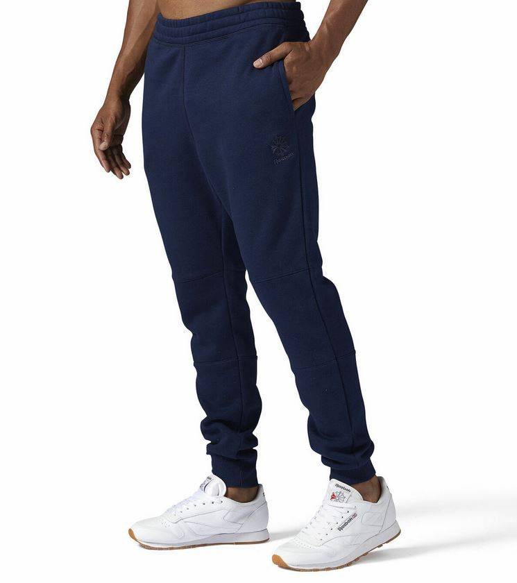 Reebok Classics Herren Fleece Pants Jogginghosen für je 24