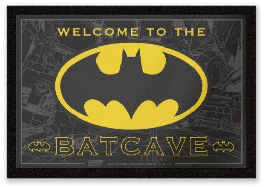 Nerdy Fußmatten für je 11,89€ bei Zavvi   z.B. Welcome To The Batcave (statt 20€)