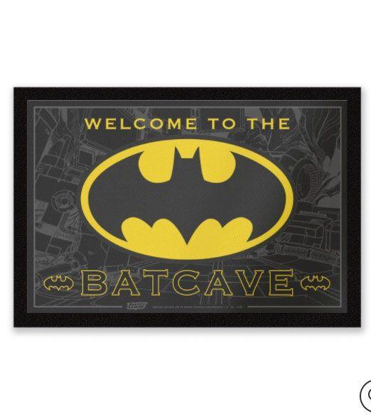 Nerdy Fußmatten für je 10,19€ bei Zavvi   z.B. Welcome To The Batcave (statt 20€)