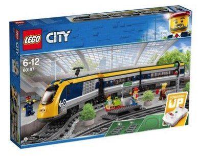 LEGO City   Personenzug (60197) für 79€ (statt 93€)
