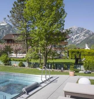 2 ÜN in Tirol im großen DZ inkl. Frühstück, Wellness mit 4 Saunen & mehr ab 169€ p.P.