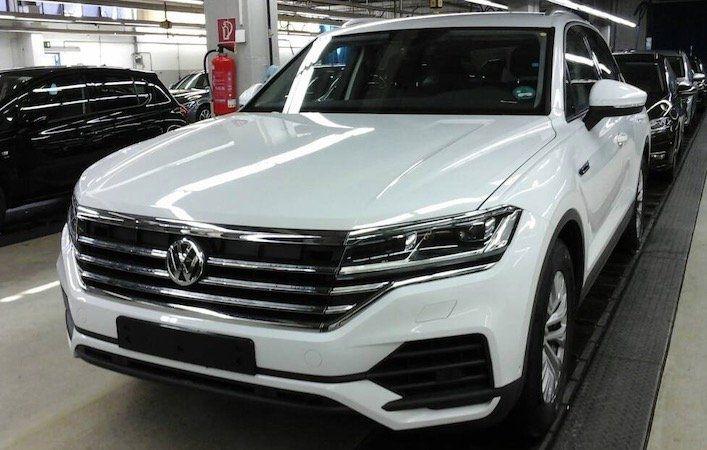 VW Touareg 3.0TDI DSG 4M als Jahreswagen mit 231 PS für 379€mtl.   LF: 0,51