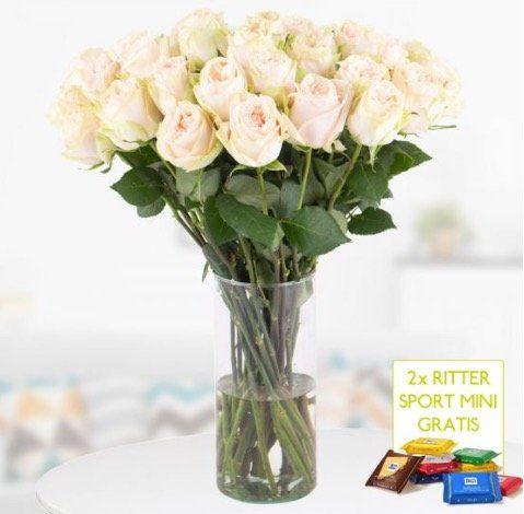 30 Premium Rosen Cream mit XXL Doppelblüte + 2 Mini Schokis für 24,90€