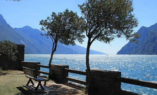 Italien: 3 Nächte im 3* Hotel am Gardasee inkl. Halbpension ab 109€ p.P.
