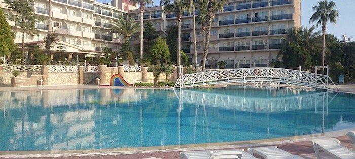 Türkei: 1 Woche (Side) im 4* Hotel mit All Inclusive, Flügen und Transfers ab 218€ p.P.