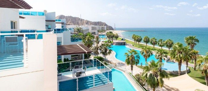 1 Woche im 5* Radisson Blu Resort in VAE inkl. Meerblick und All Inkl., Flügen und Transfers ab effektiv 636€ p.P.