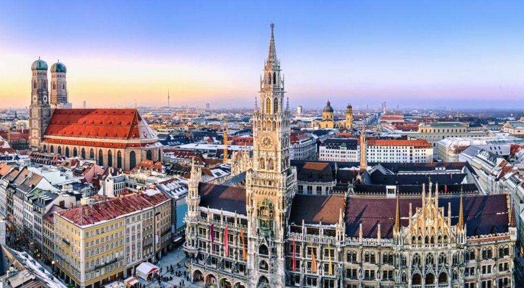 a&o Hotel Gutschein: 2 ÜN für 2 Personen für 79€ (89€ inkl. Frühstück) – Berlin, Hamburg, Prag, Venedig...