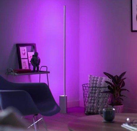 2er Pack Philips Hue Signe White & Color Ambiance Stehlampe mit Bluetooth für 334,90€ (statt 498€)