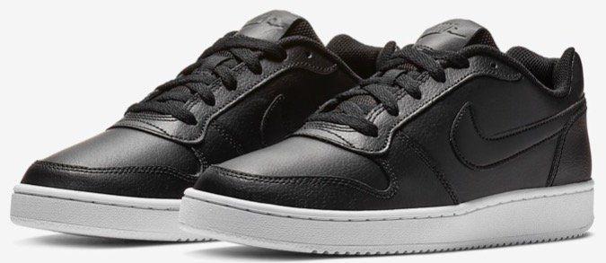 Nike Ebernon Low Damen Sneaker in Schwarz mit weißer Sohle für 25,18€ (statt 41€)