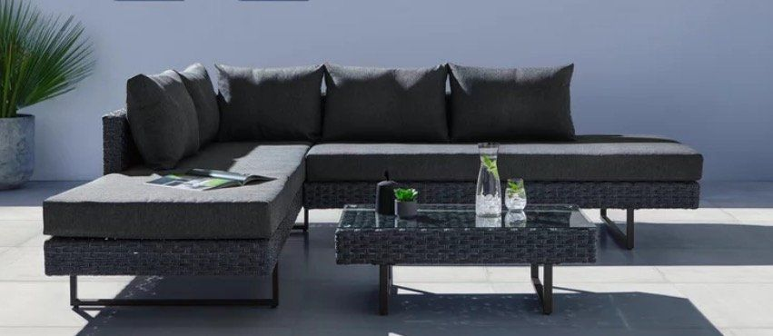 Bessagi Raffaela Lounge Garnitur mit Tisch für 324€ (statt 539€)