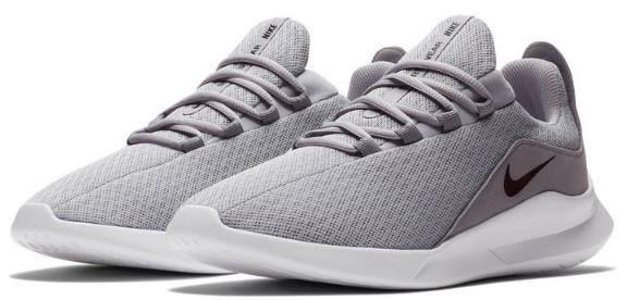 Nike Viale Herren Sneaker für 31,58€ (statt 69€)