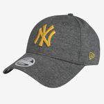 Ausverkauft! New Era New York Yankees Essential 9Forty Cap für 14,31€ (statt 28€)