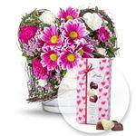 Muttertag: Rosa Limonium mit Spraynelken inkl. Pralinen für 18,98€