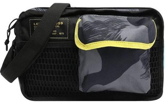 Levis Tasche L Series Horizon Sling   Camo für 14,63€ (statt 35€)