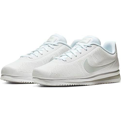 Nike Cortez Ultra Moire Sneaker in Restgrößen für 51,18€(statt 77€)