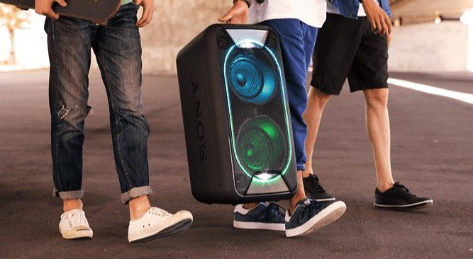 Sony GTK XB90 wireless Party Chain Bluetooth Lautsprecher für 319€ (statt 399€)