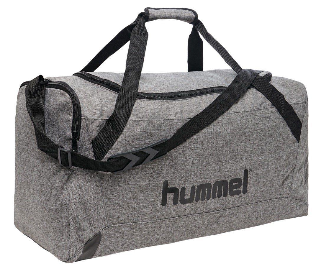 hummel Core Sporttasche in verschiedenen Größen für je 12,94€ (statt 24€)