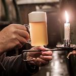 Bier für lau: eins von 5.000 Pilsner Urquell gratis abstauben