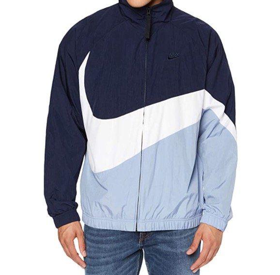 Schnell? Nike Swoosh Woven Jacke für 39,99€(statt 90€)   S, M, L