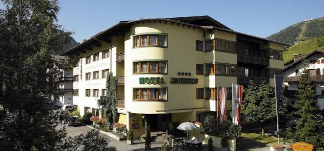 Last Minute: 2 ÜN in St. Anton am Arlberg inkl. Frühstück, Dinner, Wellness & Gästekarte ab 139€ p.P.
