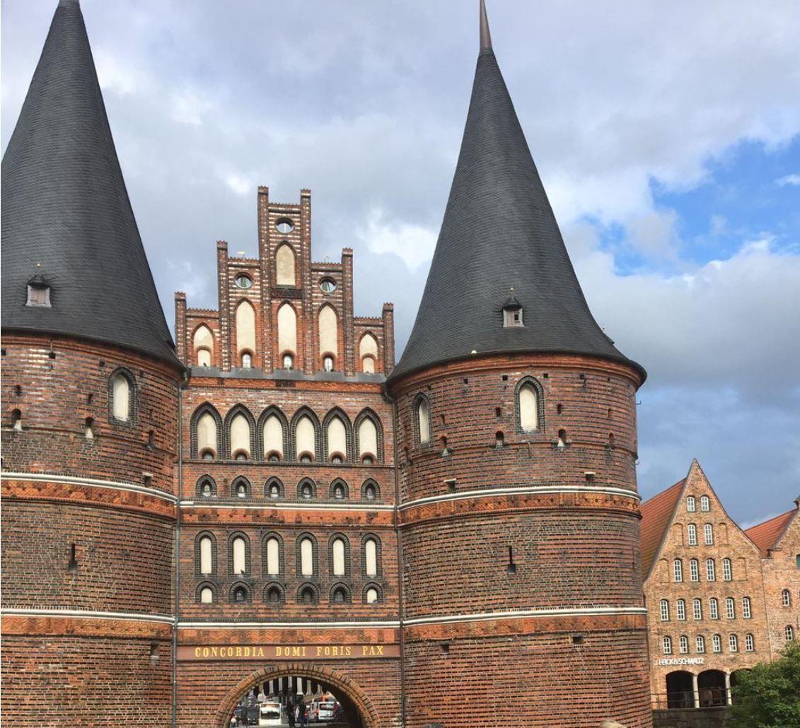 Lastminute: 2 ÜN im 4* Hotel Vier Jahreszeiten in Lübeck inkl. Frühstück, Dinner oder Fingerfood ab 89€ p.P.