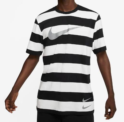 Nike T Shirt Swoosh mit Streifen in 3 Designs für je 16,78€ (statt 24€)