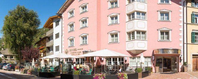 ÜN im 4* Hotel Goldener Adler Klausen in Südtirol inkl. Frühstück, Parkplatz und Fahrräder ab 46,50€ p.P.