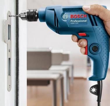 Bosch Blue GBM 320 Professional   320W Bohrmaschine für 35,90€