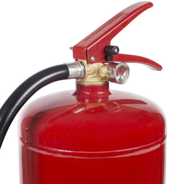 Smartwares SB3 Schaum Feuerlöscher mit 3 Litern für nur 25,90€ (statt 32€)