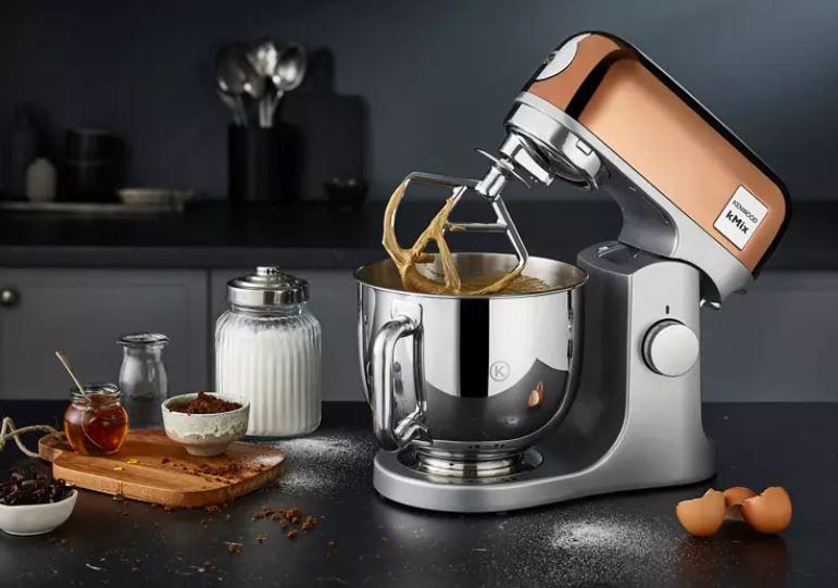 Kenwood KMX760GD kMix Edition Küchenmaschine in Roségold 5 Liter Schüssel mit 1.000Watt ab 309,32€ (statt 349€)